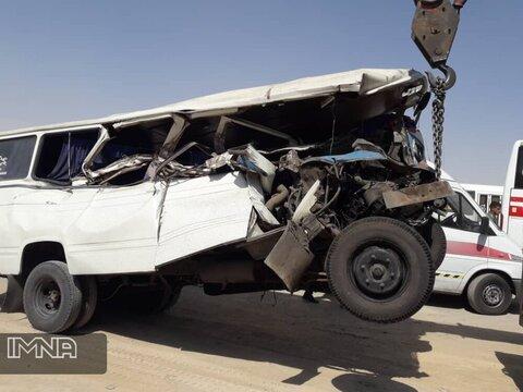 آسیبدیدگی شدید راننده در تصادف بزرگراه حبیباللهی+ عکس