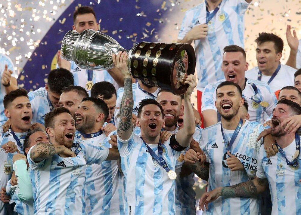 مسی بالاخره به جام ملی رسید