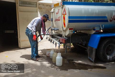 توزیع ۶۴ هزار و ۵۰۰ لیتر آب شرب در مناطق بحرانی خوزستان