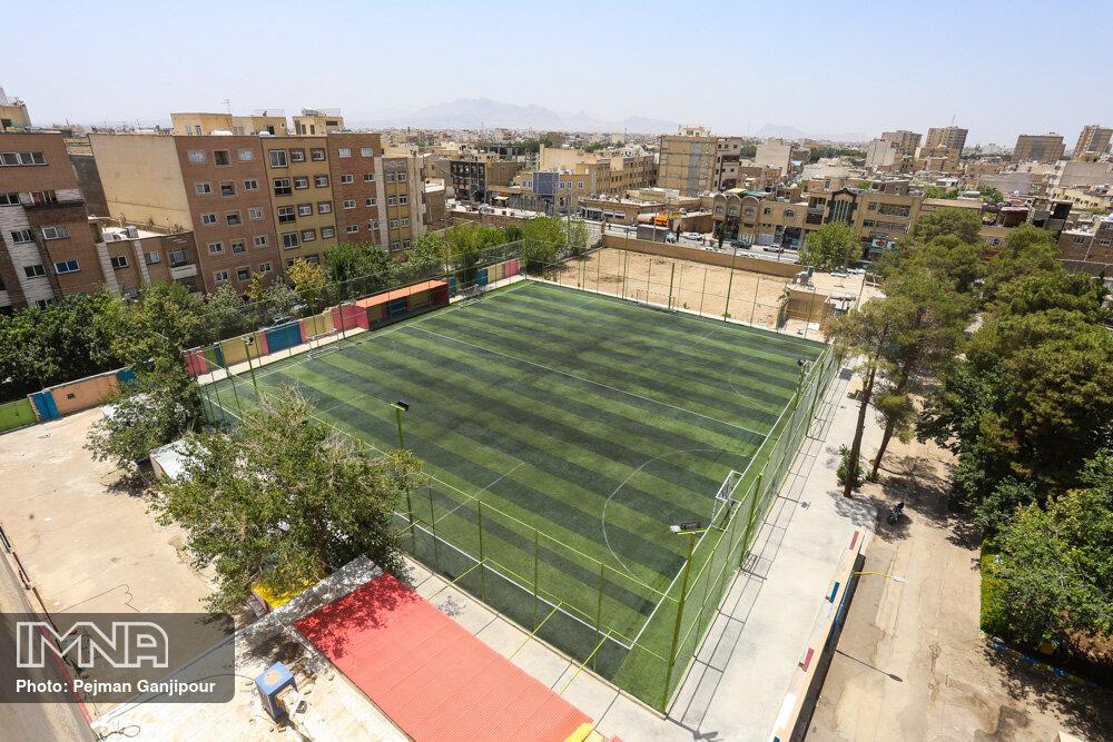 توسعه و تجهیز ۵ ورزشگاه توسط مدیریت شهری اصفهان