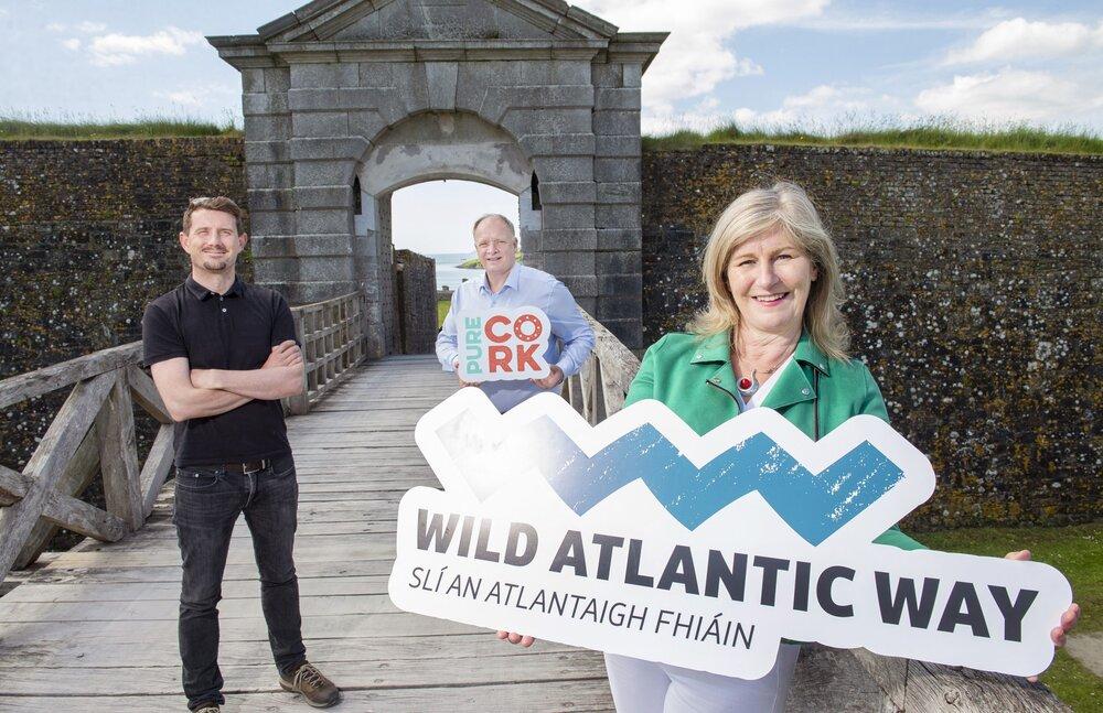 بروشور دیجیتالی؛ راهنمایی برای گردشگران ایرلند