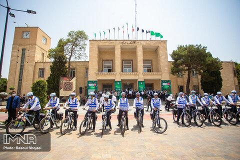 پلیس دوچرخهسوار نماد فرهنگسازی حمل و نقل پاک است