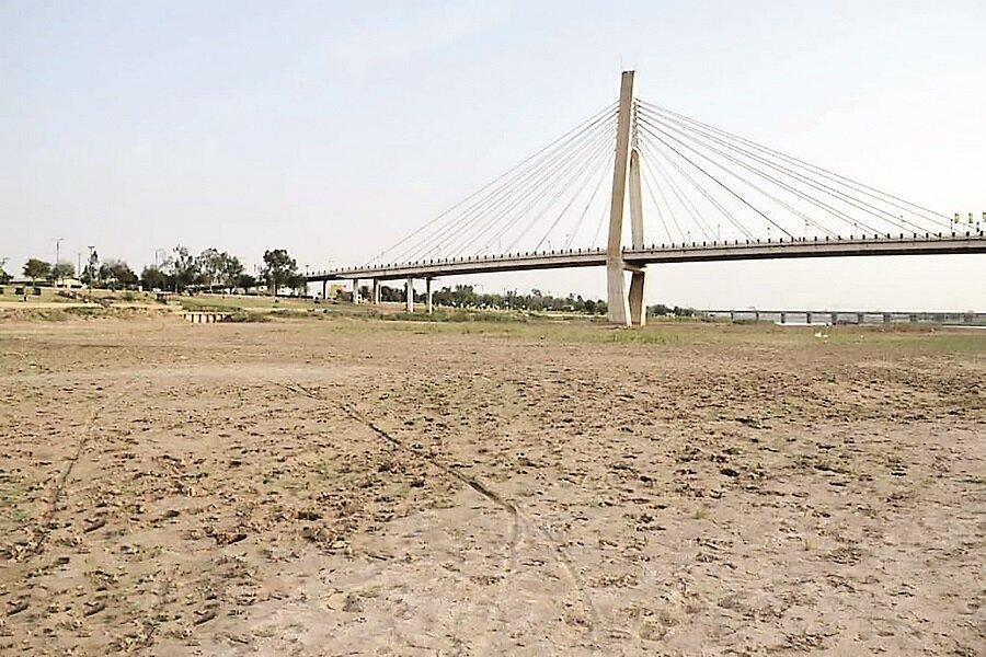 ظرفیتهای لازم برای رفع محرومیت در خوزستان به کار گرفته میشود