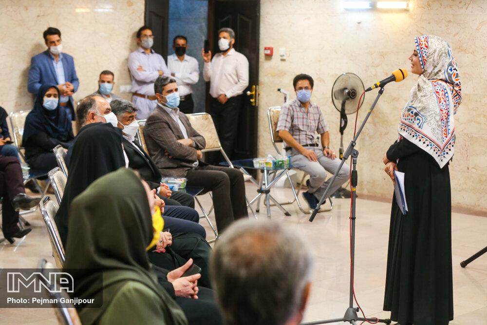 آیین بازگشایی سالن جدید توزیع مطبوعات
