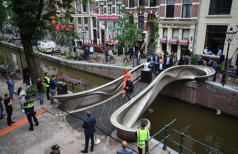 هلند میزبان نخستین پل فلزی ساخته شده با پرینتر سه بعدی