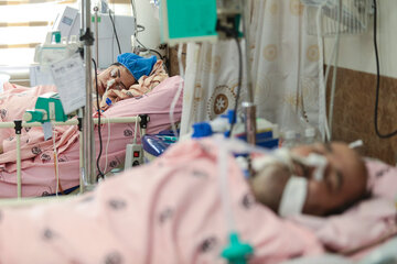 Iranian hospitals run out of intensive care unit beds
