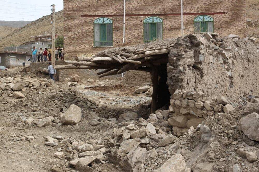 مصوبات بازدید تعدادی از نمایندگان از مناطق سیلزده استان آذربایجان