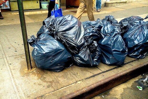 کیسههای کاغذی؛ دردسر شهر سوئدی در بازیافت