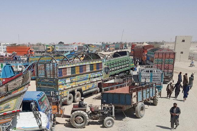 طالبان مسیر تجاری افغانستان با هند از طریق پاکستان را مسدود کرد