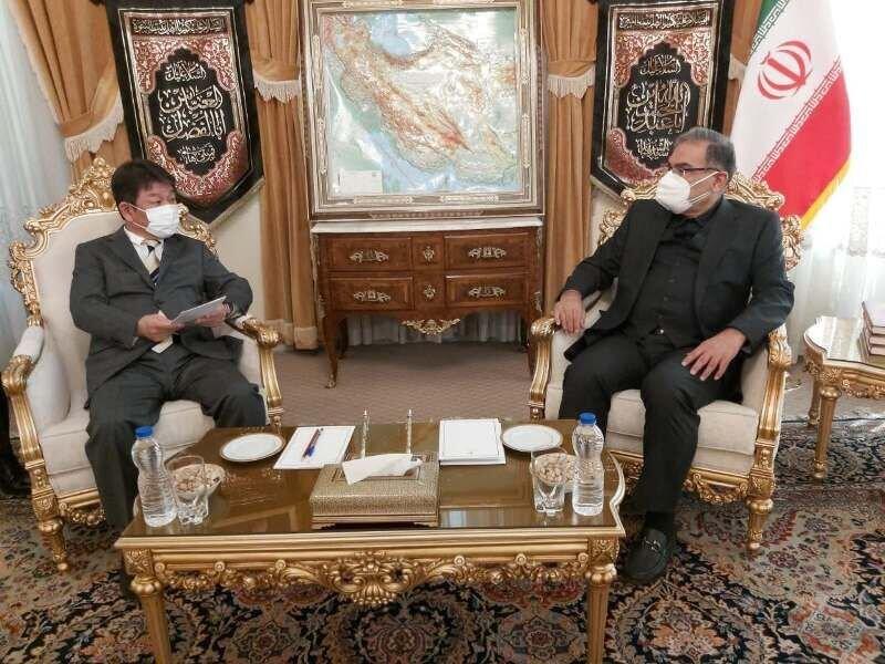 وزیر امور خارجه ژاپن با شمخانی دیدار کرد