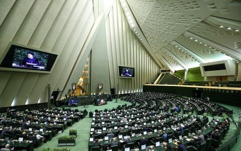 مجلس نقش مهمی در شتاب بخشیدن به خدمت گزاری مردم دارد