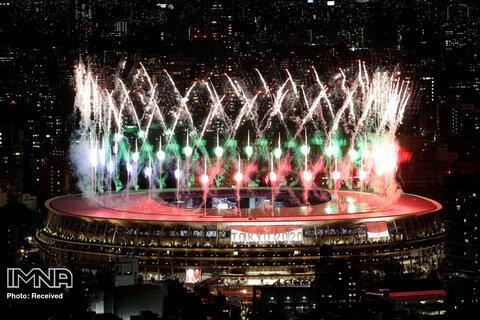 منظره آتش بازی  مراسم پارالمپیک از  رصدخانه شیبویا