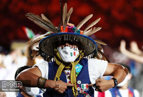 پوشش جالب سنتی ورزشکار مکزیک