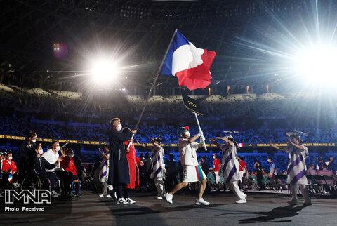 ندرین مارتینت و استفان هودت پرچمداران تیم فرانسه