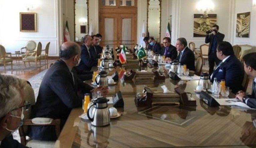 همزمان با اعلام کابینه طالبان؛ نشست وزیران خارجه همسایگان افغانستان برگزار می شود