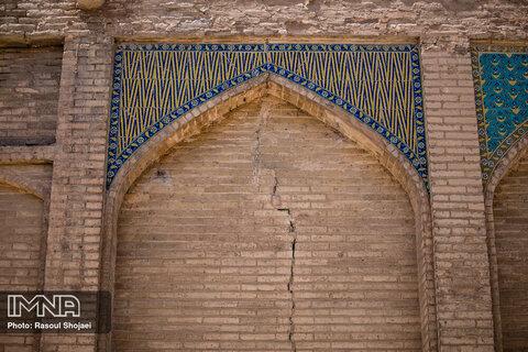 پل های تاریخی اصفهان در فراموشی