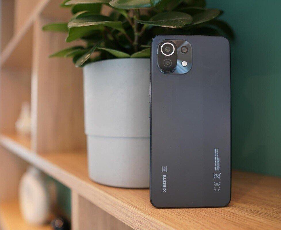 مقایسه گوشی شیائومی Mi 11 Lite 5G و سامسونگ Galaxy A52 5G+ لیست جزئیات