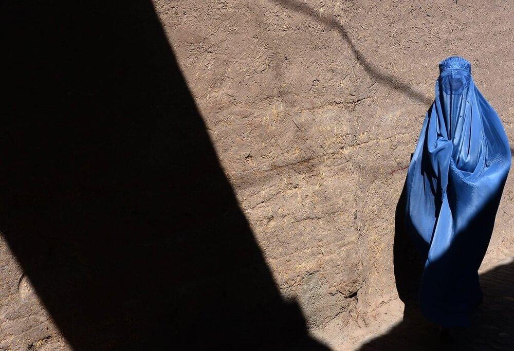 شهردار موقت کابل: زنان سر کار نروند