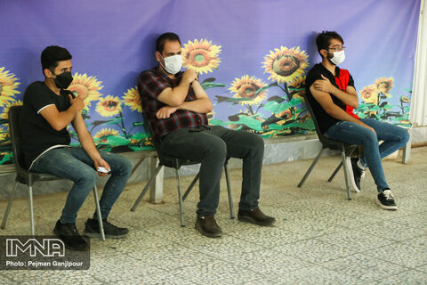 واکسیناسیون دانشجویان