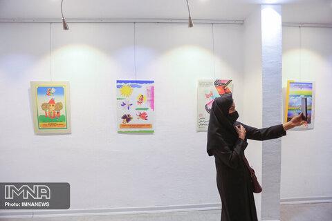 افتتاح نمایشگاه پوسترهای ادوار جشنواره فیلم کودک در اصفهان