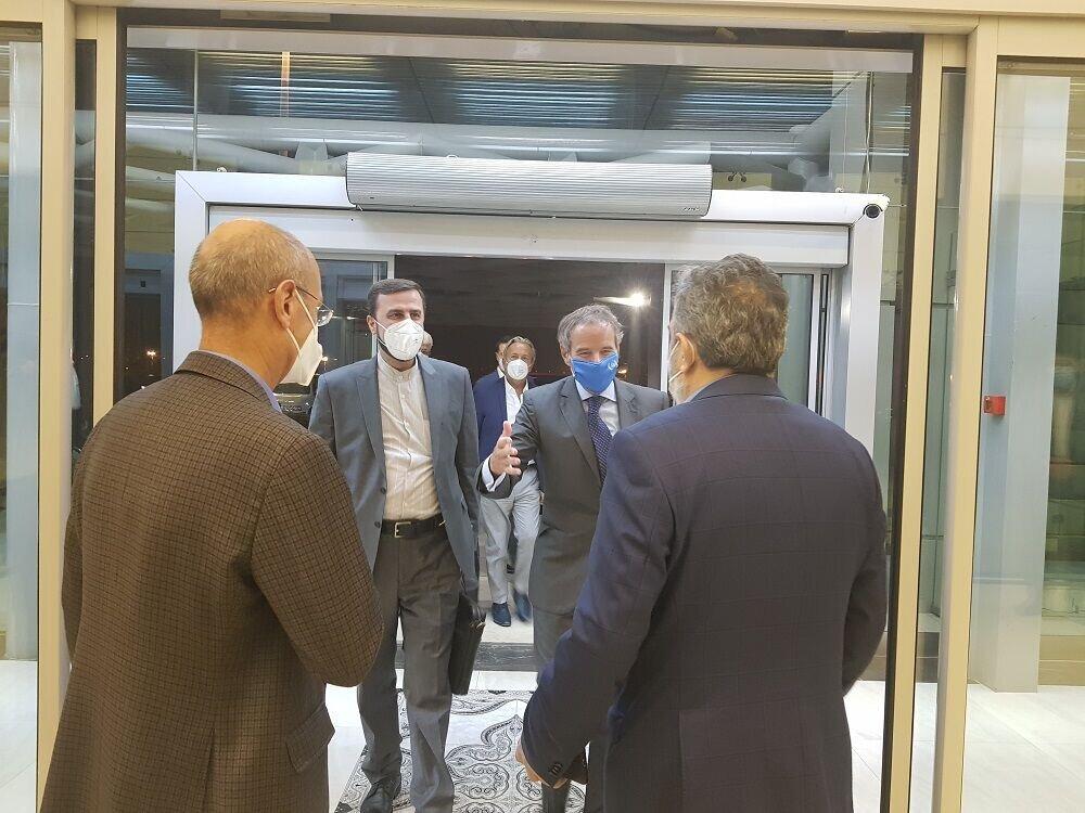 مدیرکل آژانس بینالمللی انرژی اتمی وارد تهران شد