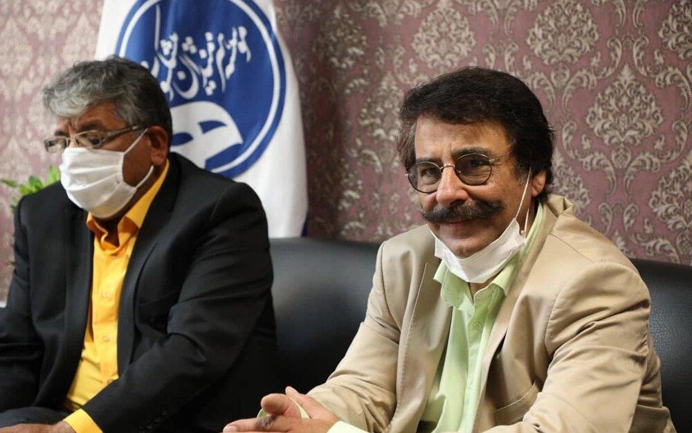 علیرضا افتخاری عضو موسسه هنرمندان پیشکسوت شد