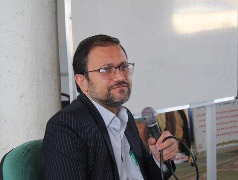 حسینی: استاندار اصفهان باید بومی باشد تا مشکلات استان را درک کند