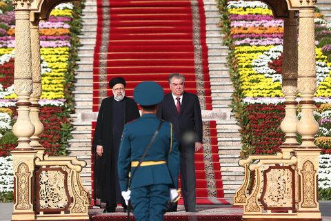 استقبال رسمی امامعلی رحمان رئیس جمهور تاجیکستان از آیت الله رئیسی