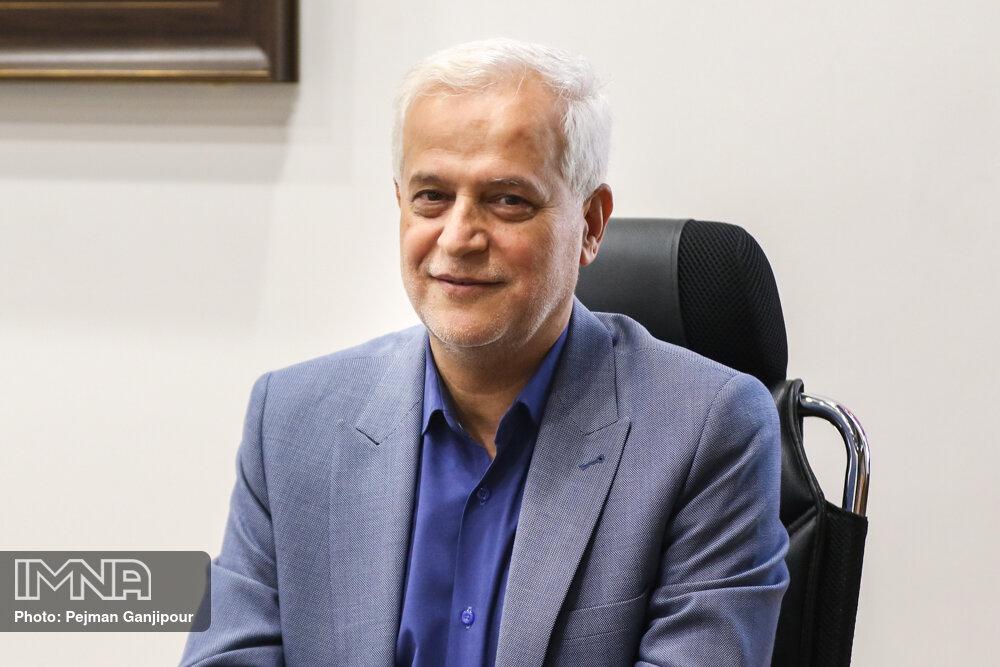 علی قاسمزاده کار خود را به عنوان شهردار اصفهان آغاز کرد