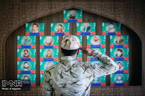 روحیه مقاومت رزمندگان اسلام، پایداری را میان ملتهای اسلامی زنده کرد