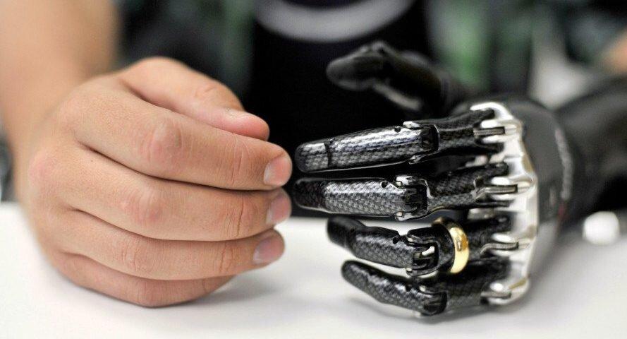 ساخت دست هوشمند با ویژگیهای منحصر بفرد