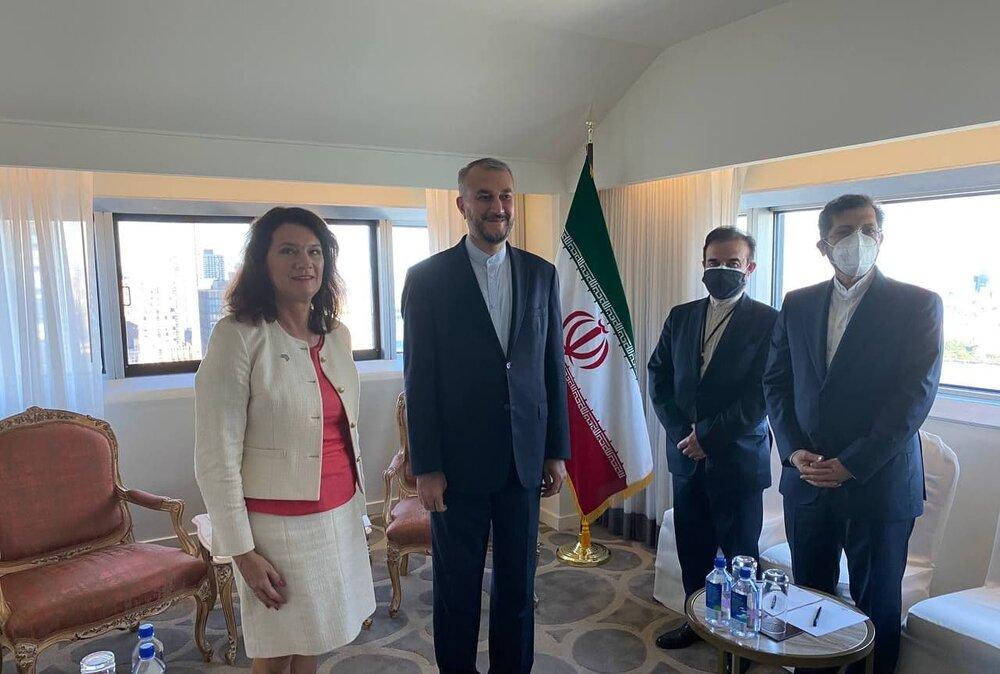 پیگیری دادگاه تبعه ایرانی دردیدار وزرای خارجه ایران و سوئد