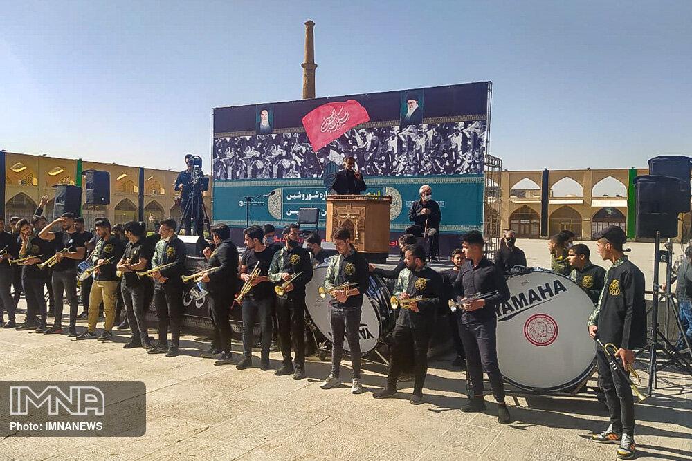 برگزاری همایش عزاداری هیئتهای مذهبی شهر در میدان امام علی(ع)