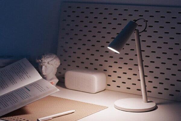 چراغ رومیزی هوشمند شیائومی MIJIA عرضه شد