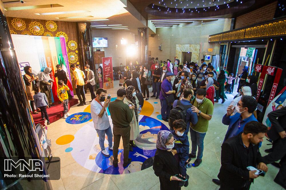 نظرات مردم در برگزاری جشنواره کودک سالهای آینده اعمال میشود