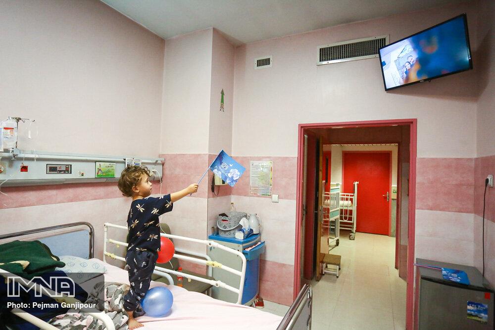 جشنواره فیلم کودک در ایستگاه بیمارستان امام حسین (ع)