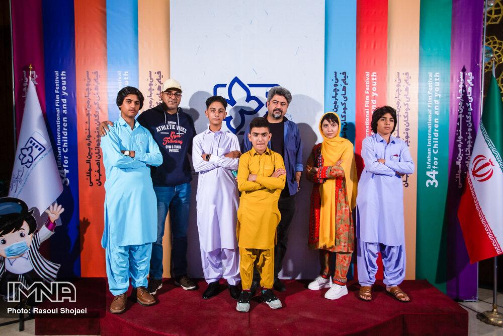 میدان دادن به کودکان و نوجوانان به آینده سینمای کشور کمک میکند