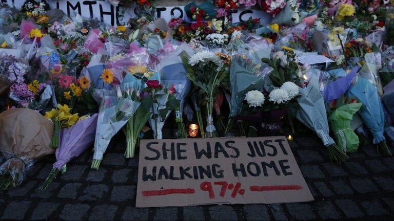 ترس زنان لیورپول از حمل و نقل عمومی پس از یک قتل فجیع