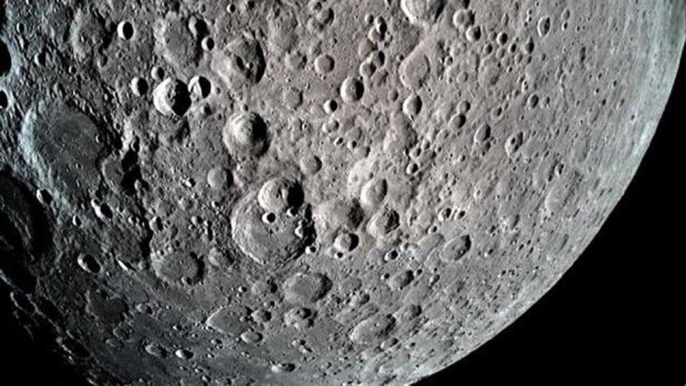 رویداد نجومی امشب: تربیع اول ماه