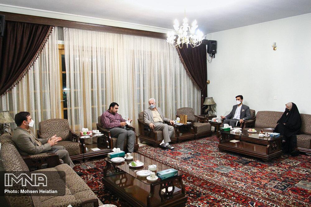 پیشنهاد شهردار برای تحکیم روابط با پورتو/ اصفهان میتواند نقطه اتصال ایران با دنیا باشد