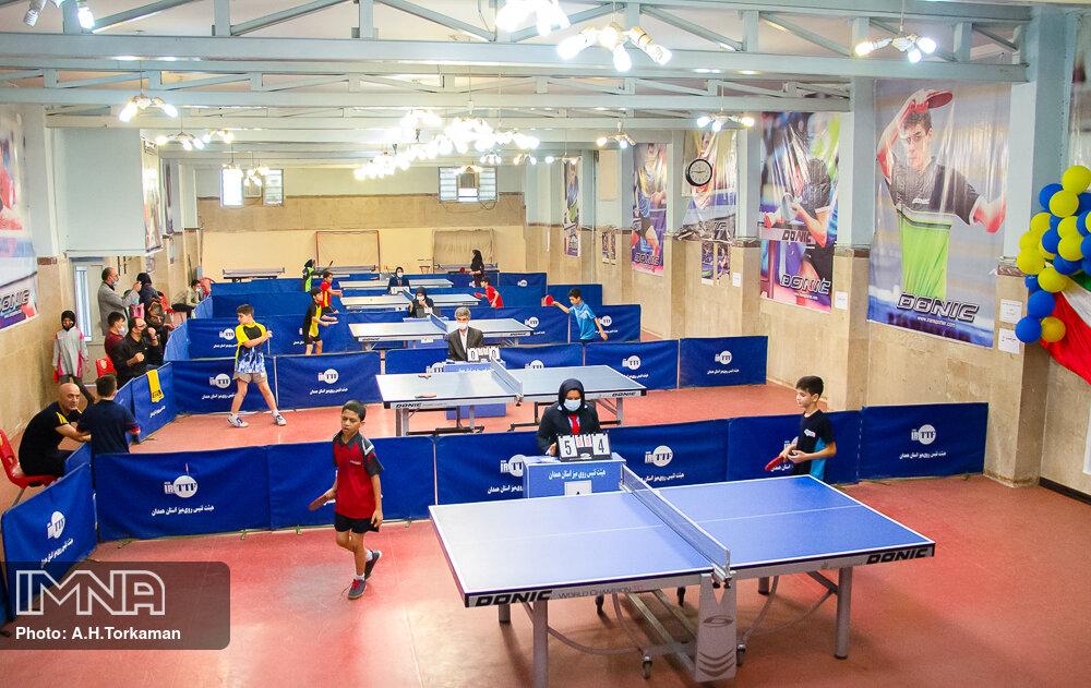 مسابقات کشوری تنیس رومیزی نونهالان و نوجوانان _ همدان