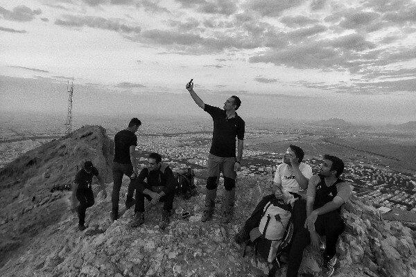 پا به پای کوهنوردان در کوه صفه