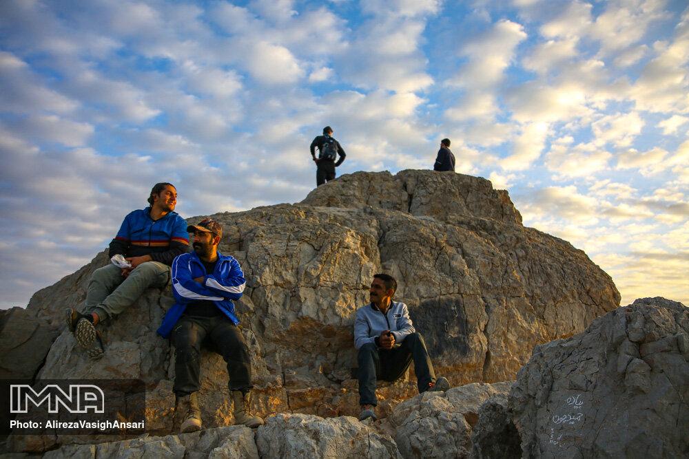 کوهنوردی در کوه صفه اصفهان