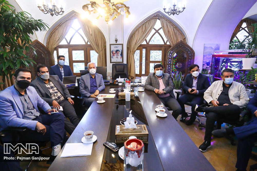 حضور شهردار اصفهان در منطقه یک شهرداری