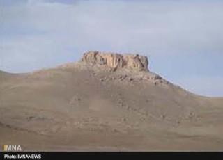 کتیبه 3000 ساله سمیرم به سرقت رفت+ عکس