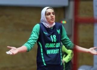 یک اصفهانی، اولین لژیونر والیبال بانوان ایران در اروپا