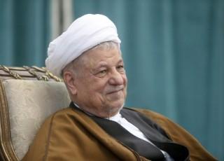 آیت الله هاشمی رفسنجانی با تمام وجود برای حفظ انقلاب و نظام تلاش کرد