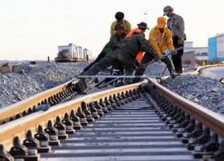 تخصیص یک درصد درآمد فروش نفت به توسعه ریلی/ راهآهن در موقعیت بهرهوری و درآمد